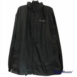 COLUMBIA packable zip up windbreaker with tuck away hood in black men's size XL